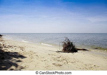 Banchuen beach