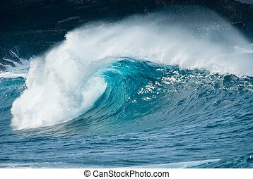 close-up of a beautiful ocean wave