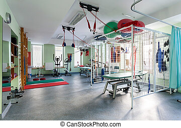 Spatial hall rehabilitation with differents exercises machines