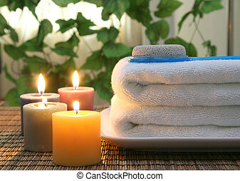 More and more people like spa..This is white towels, aromatic candles and other spa objects to make mood relaxing.