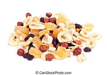 nuts, raisin, dried fruit
