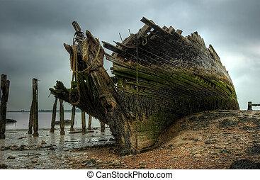 The wreck of the Hans Egede - a Dutch schooner.